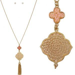 Jewelry - Long Rose Drusy Gold Filigree Tassel Necklace